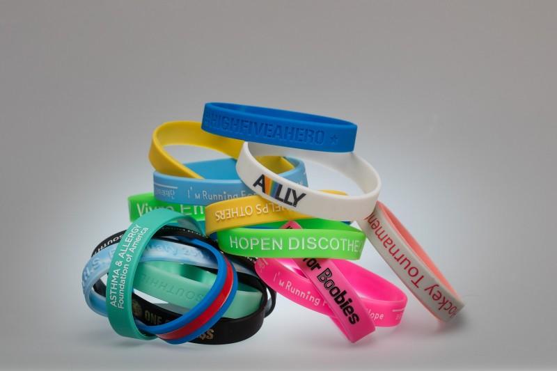 50 Stück personalisierte Silikonarmbänder bedrucken Armband Logo Gummiarmbänder